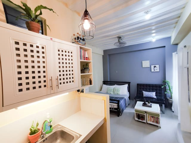 Scandi-inspired:COZY STUDIO ROOM IN ILOILO CITY