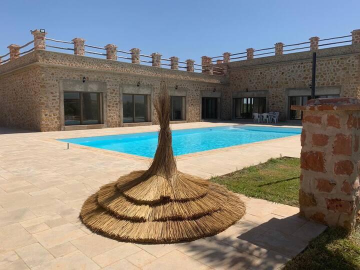 Villa de luxe avec piscine privée sans vis à vis.