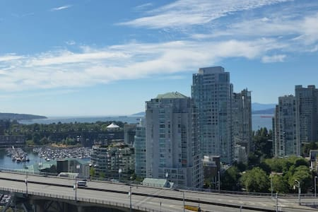 Luxury Yaletown with Water Views! - Vancouver - Byt