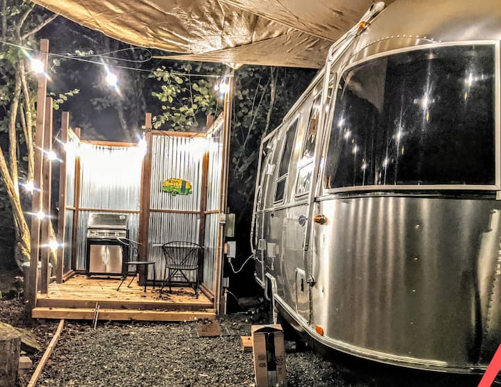 Glamping at its finest minutes from Deception Pass