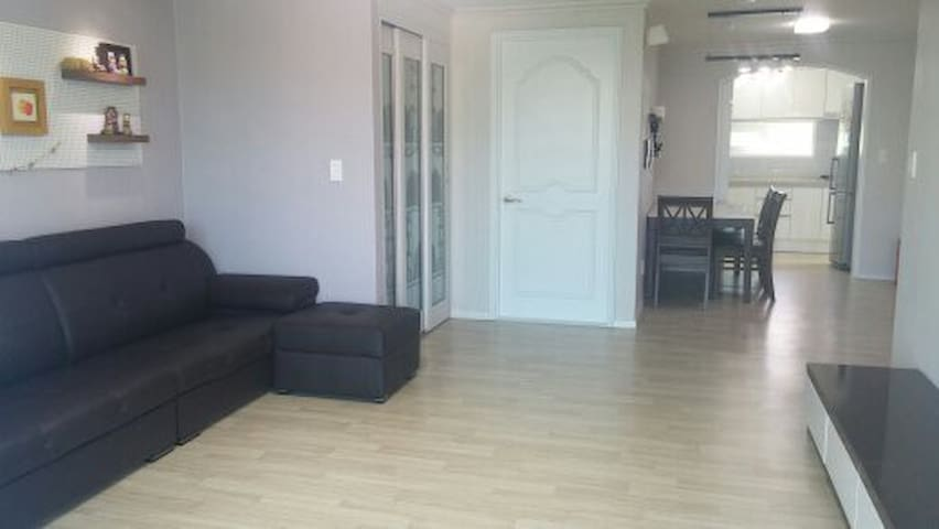 Rego house white (3bedroom, 2bath) - Chuncheon-si - Wohnung
