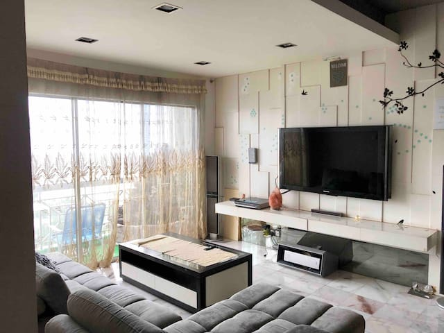 •[HOT]Netflix, WiFi, Cozy, 4B2R Suite Bukit Jalil•