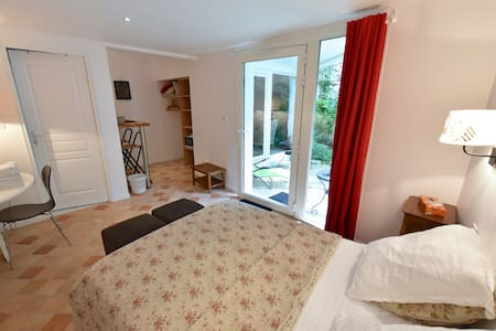 Double room - very calm - Bed & Breakfast