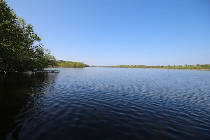 Great Cottage Vacation on the Trent River - Hastings - Blockhütte