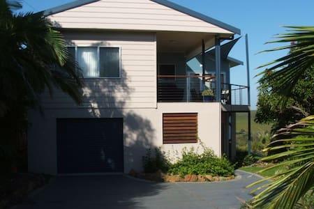 Beautiful Home  Angourie -Shelleys - House