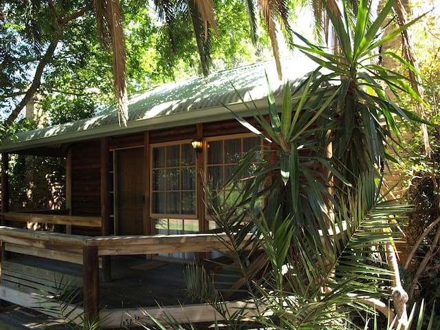 Ti-Tree Village - Deluxe Spa Cottage - Ocean Grove - Kabin