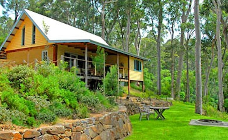 Lyrebird Lodge, Central Tilba