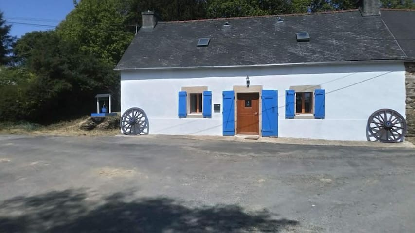 Swallowtail - Rural Luxury in Beautiful Brittany