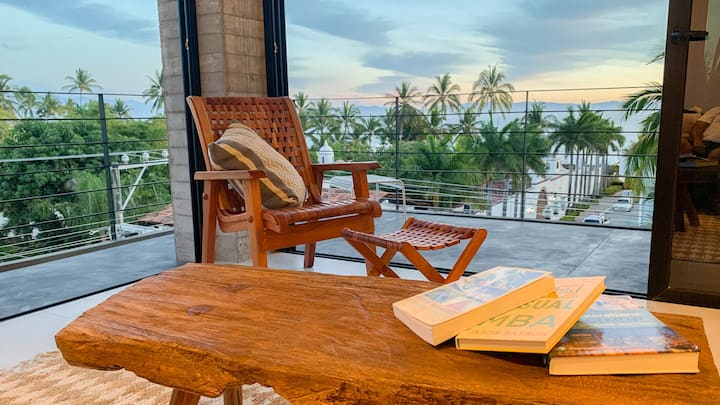 2 BDR Loft with Private Ocean View Terrace