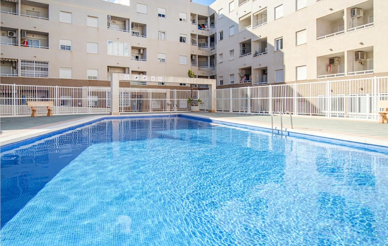 Holiday apartment with 2 bedrooms on 53m² in Torrevieja