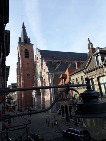 Window view : St Nicolas Church