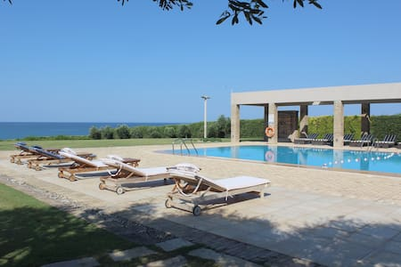 Luxurious villa with private pool on sandy beach