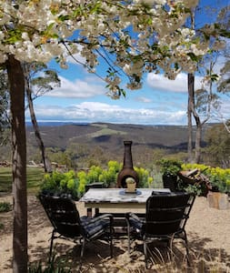 Wattle cottage , escape the city and relax