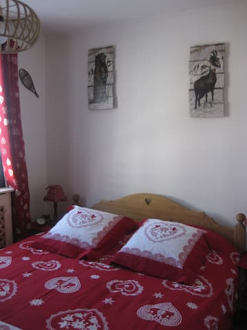chambre privée 1/2 pension comprise - Albertville