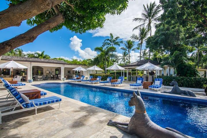 Luxury 7-bedroom villa with pool in Sandy Lane