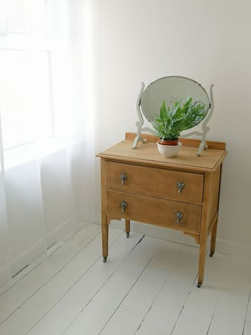 Beautiful little antique chest of drawers to store your things.