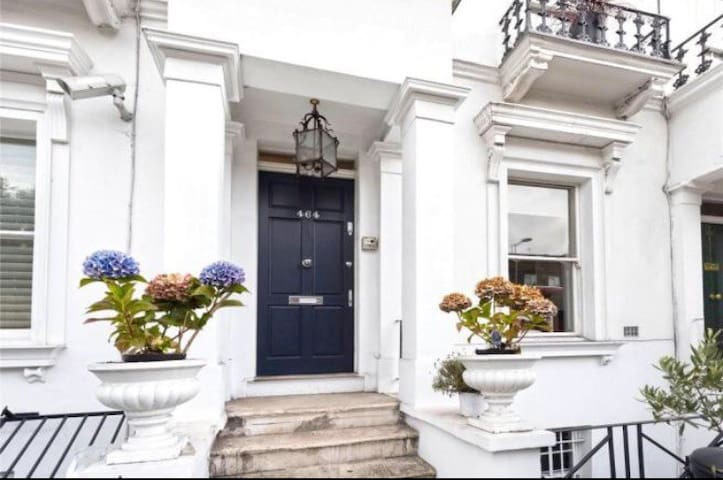 Beautiful, Period property, Kings Road Chelsea