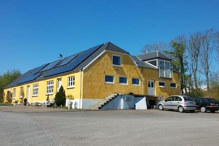 Loftslejlighed i naturskønne omgivelser - Holstebro - Wohnung