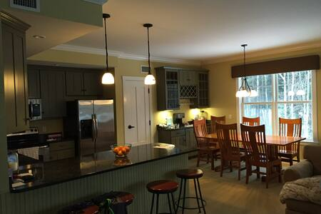 Smuggler's Notch Rs - 4BR unit/ President's Wkend! - Cambridge - Ortak mülk
