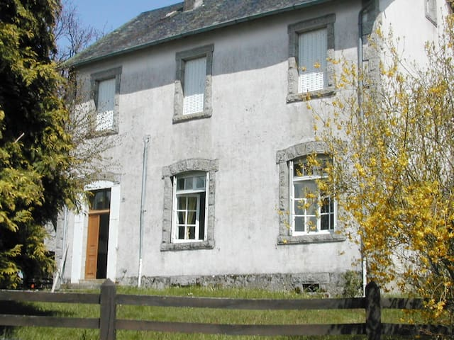 Maison extérieur côté  sud