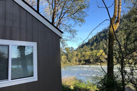 Brand New Tiny Home right on the river