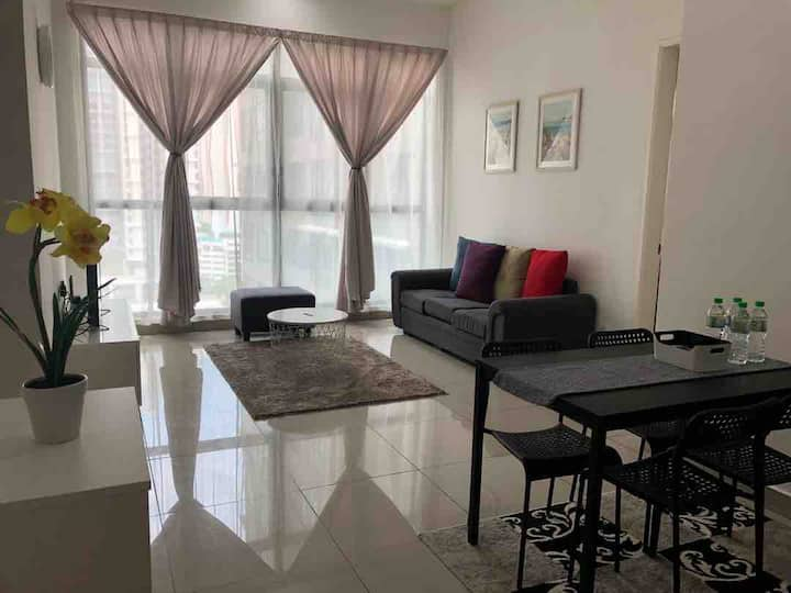 IOI Conezion Iman's Home | Pool View Unit