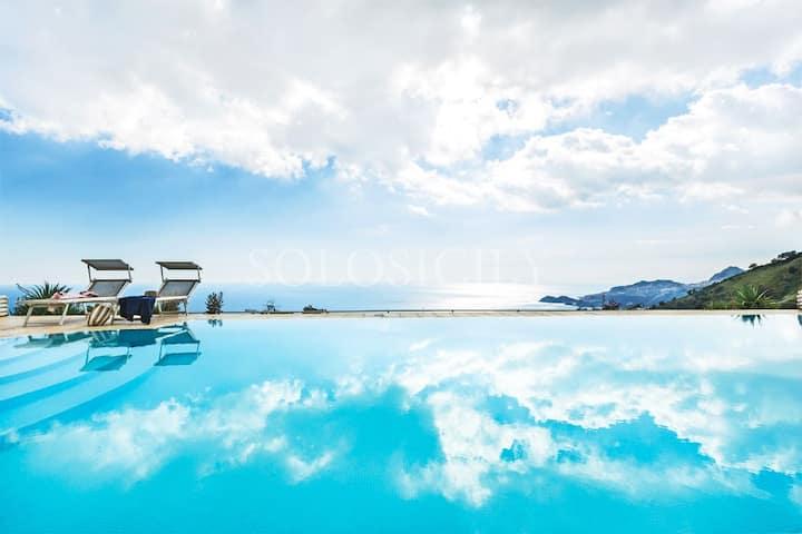 Villa with Pool near Taormina with Sea Views