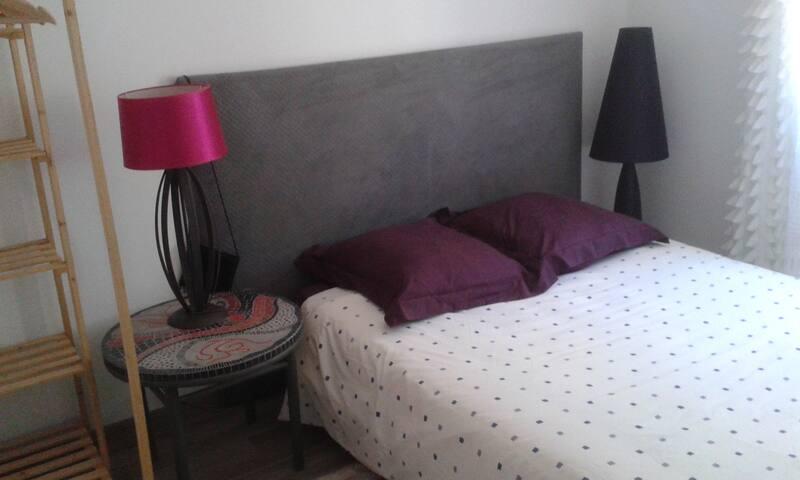 Chambre avec lit double - Capdenac - บ้าน