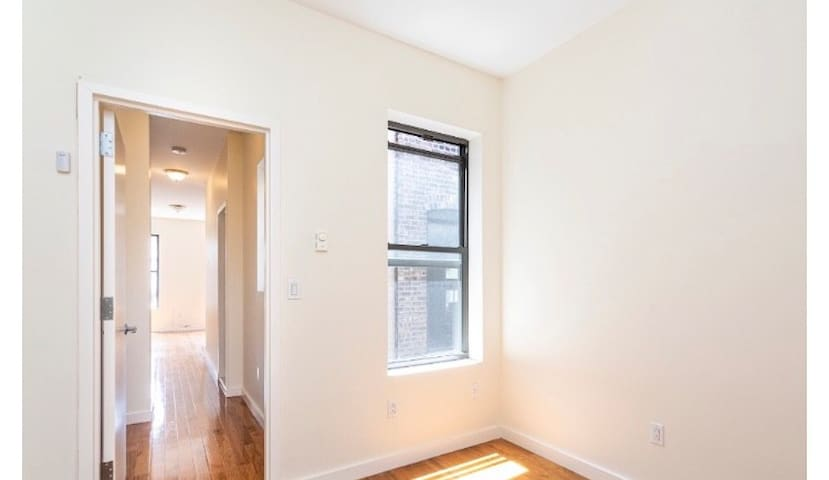One Bedroom Apartment UWS