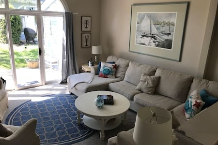 Large recently renovated Lewes Townhouse