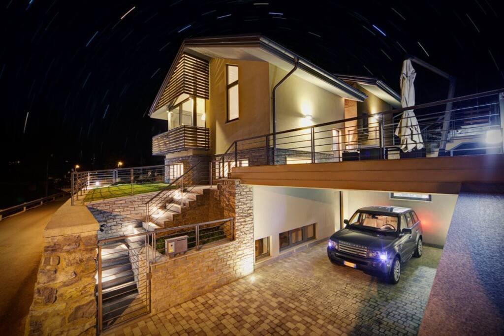 Villa Tissiere, Sarre Aosta - NORTHITALY VILLAS vacation rentals