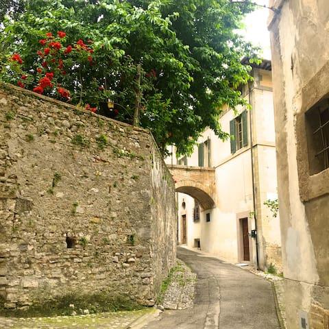 Casa storica con giardino privato - Spoleto - Casa