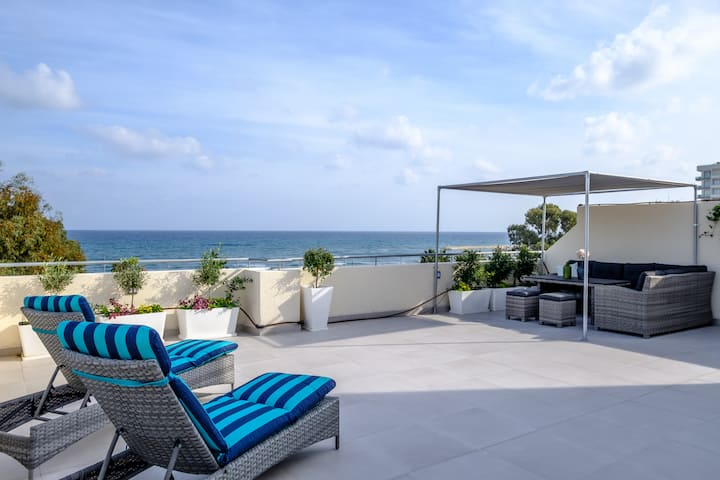 The Coral Penthouse | Amazing Sea View Terrace