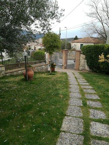 Affascinante appartamento - Ponticelli - House