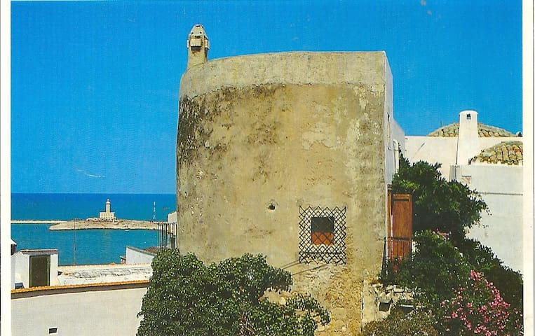 Double Room in a Medieval Tower - Vieste