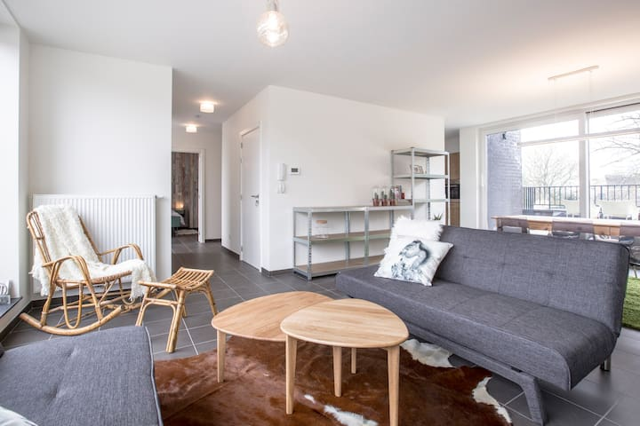 Comfortable rooftop apartment - Oudenaarde - Byt