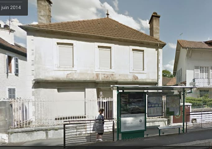 Maison de ville avec jardin/terrasse/cagibis - Pau - Rumah