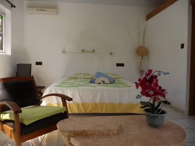Chambre privée tout confort à Punaauia