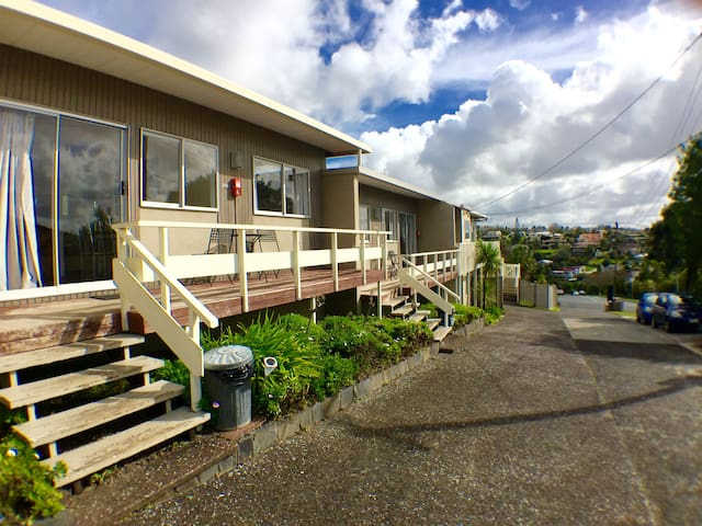 Free Wi-Fi-Walk to the Beach-Two Bedroom Apartment - Auckland - Wohnung