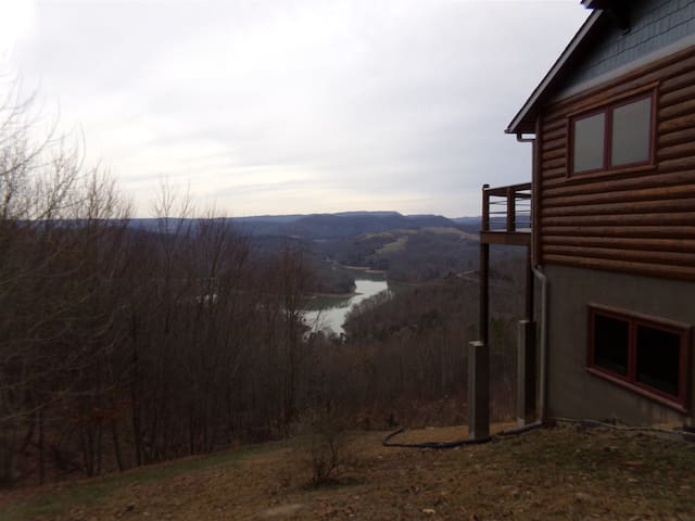 Oaklynn`s Oasis - Enjoy Peace, Tranquility, and Nature on Norris Lake