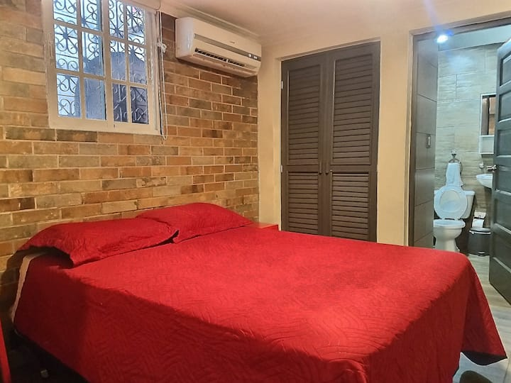 DC Gen★Full Kitchen★40+MbsWifi★Comfy Bed★Safe Area