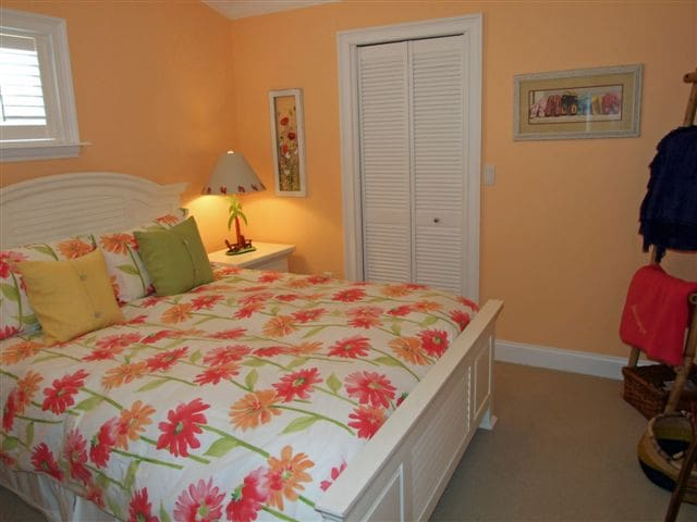 The main floor Guest bedroom is a queen bed - it's called the Flip Flop room complete with a smart TV