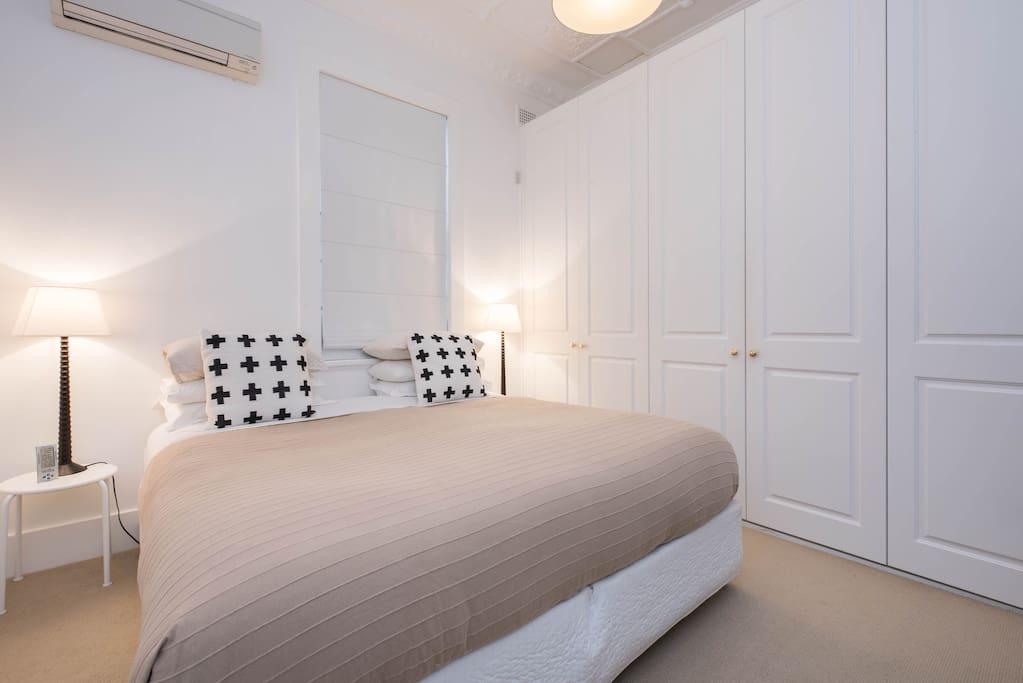 bedroom 2 king