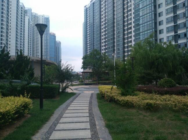 海滨度假公寓,超大三卧室,享受安静舒适休闲的假期!! - YanTai - Apartment