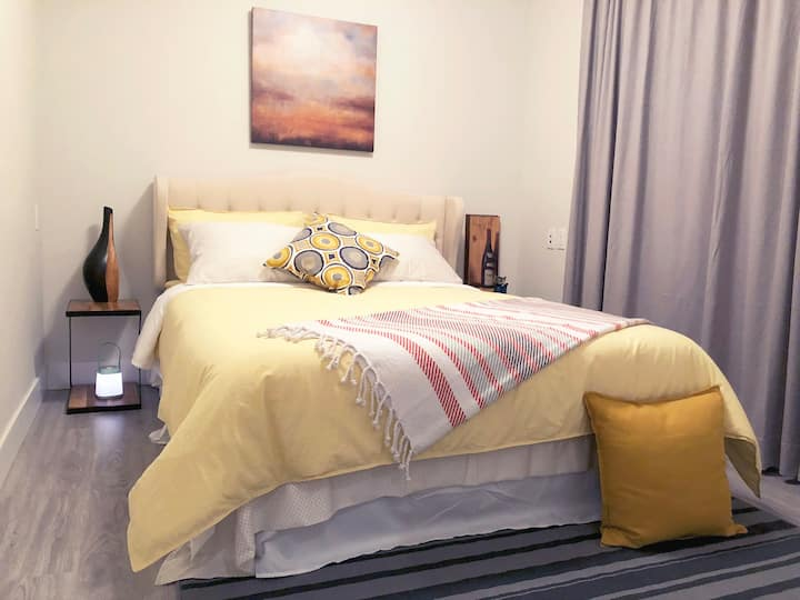 2.5 bedroom New house 3 mins walk to subway