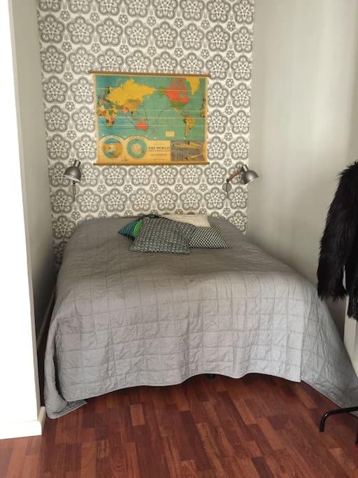 Big, 160 cm wide bed