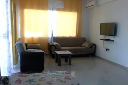 1 bedroom + studio 5 mins walk from the sea - Karaoğlanoğlu