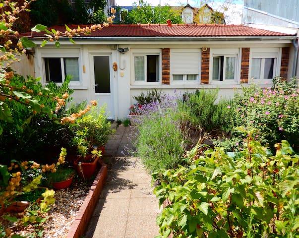 Garden House - Vincennes - Huis