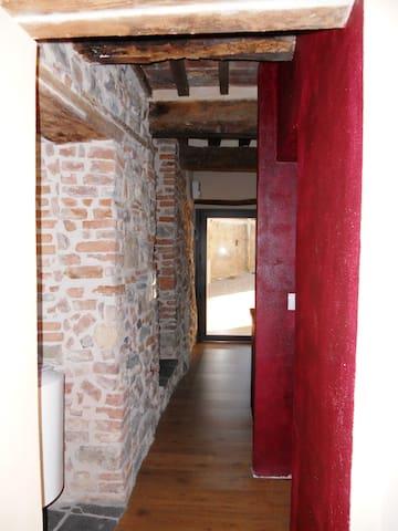 Appartamento in borgo storico - Cana