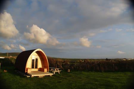 Pilgrim Pod Accommodation (Sea Field) - Iurta